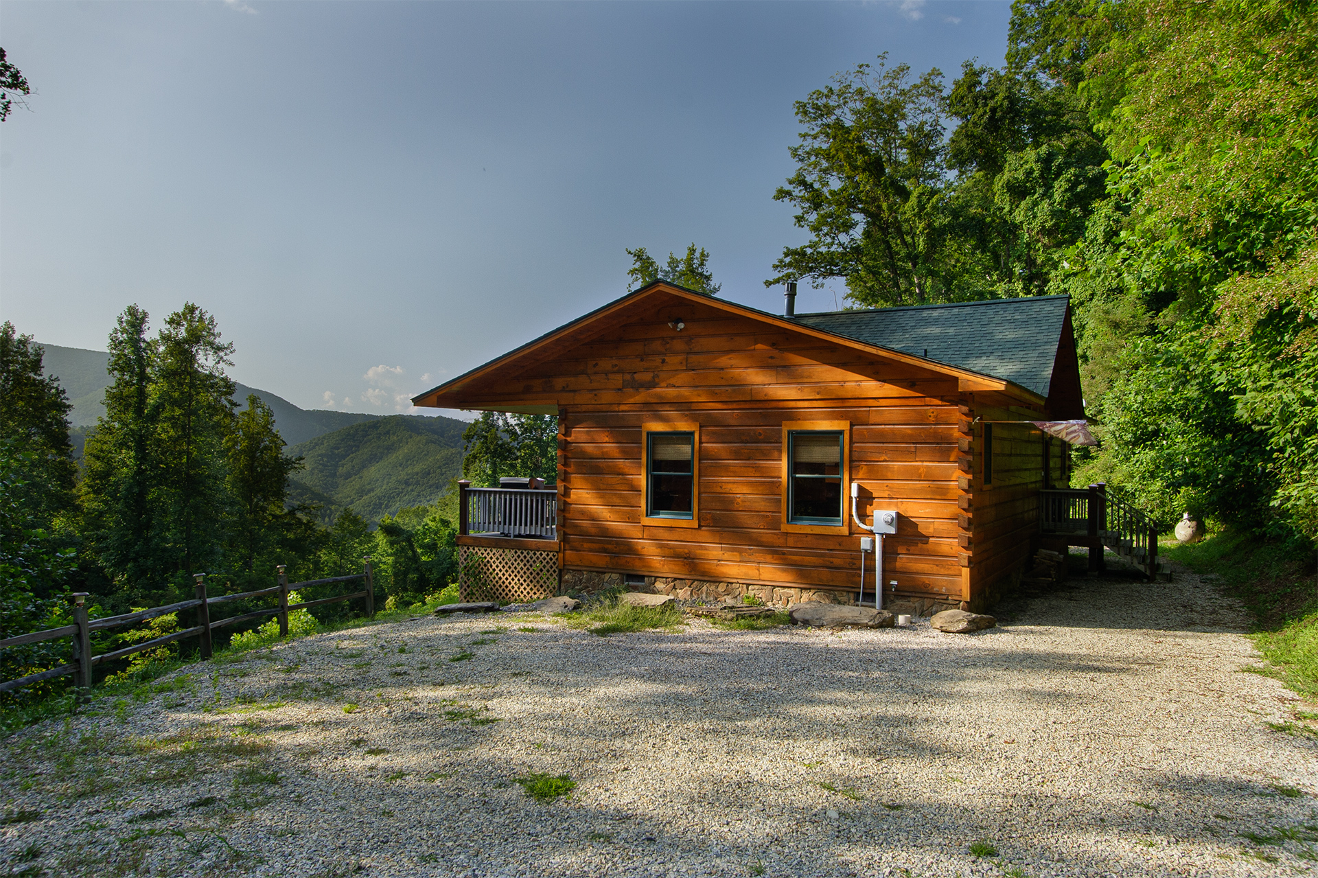 A bit of heaven nc cabin rental in the nantahala areas of Smoky mountain nc cabin rentals