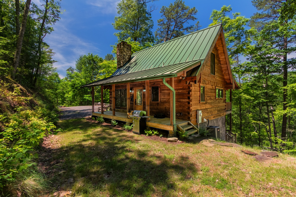 Chimney Rock log Cabin