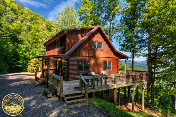 Crow's Nest vacation rental log cabin in NC