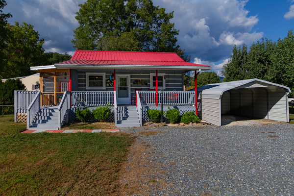 Deep-Creek-Cottage-HD-1-med.jpg