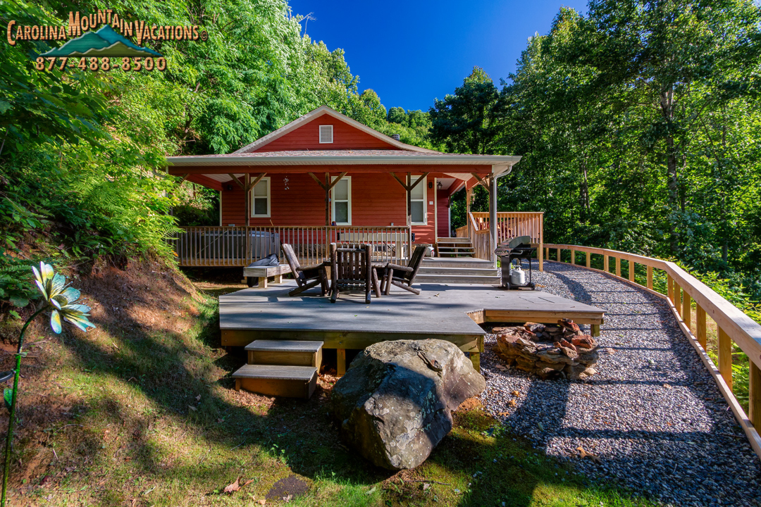 Sky cove hideaway log cabin rental with smoky mountain for Smoky mountain nc cabin rentals