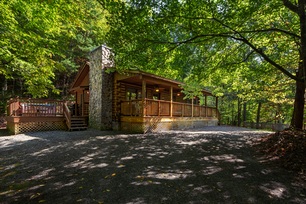 Shady Grove  log cabin vacation rental