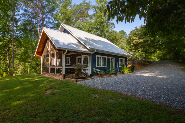 Southern Charm Cottage vacation rental